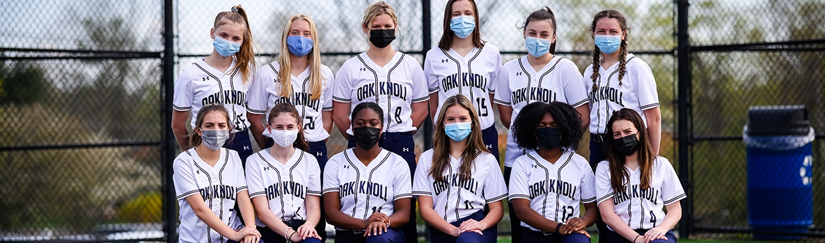 Team photo of varsity softball team in two rows.